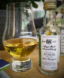 Auchroisk 1989 Small Batch 24 2