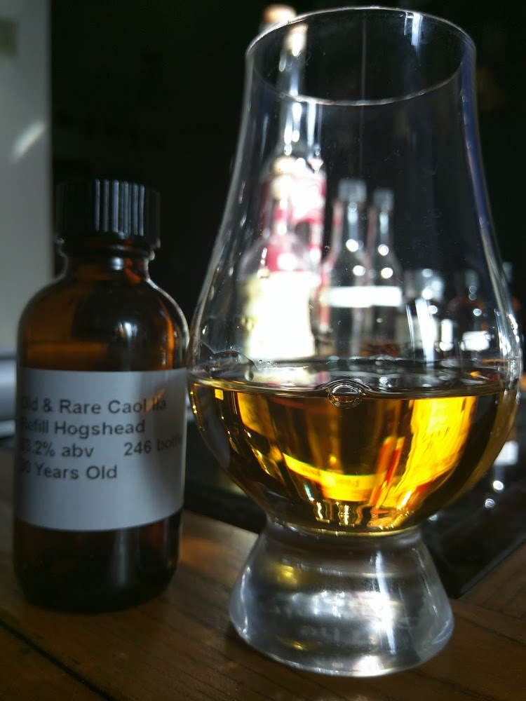 Caol Ila 30 Hunter Laing Old & Rare - A Platinum Selection 1.jpg