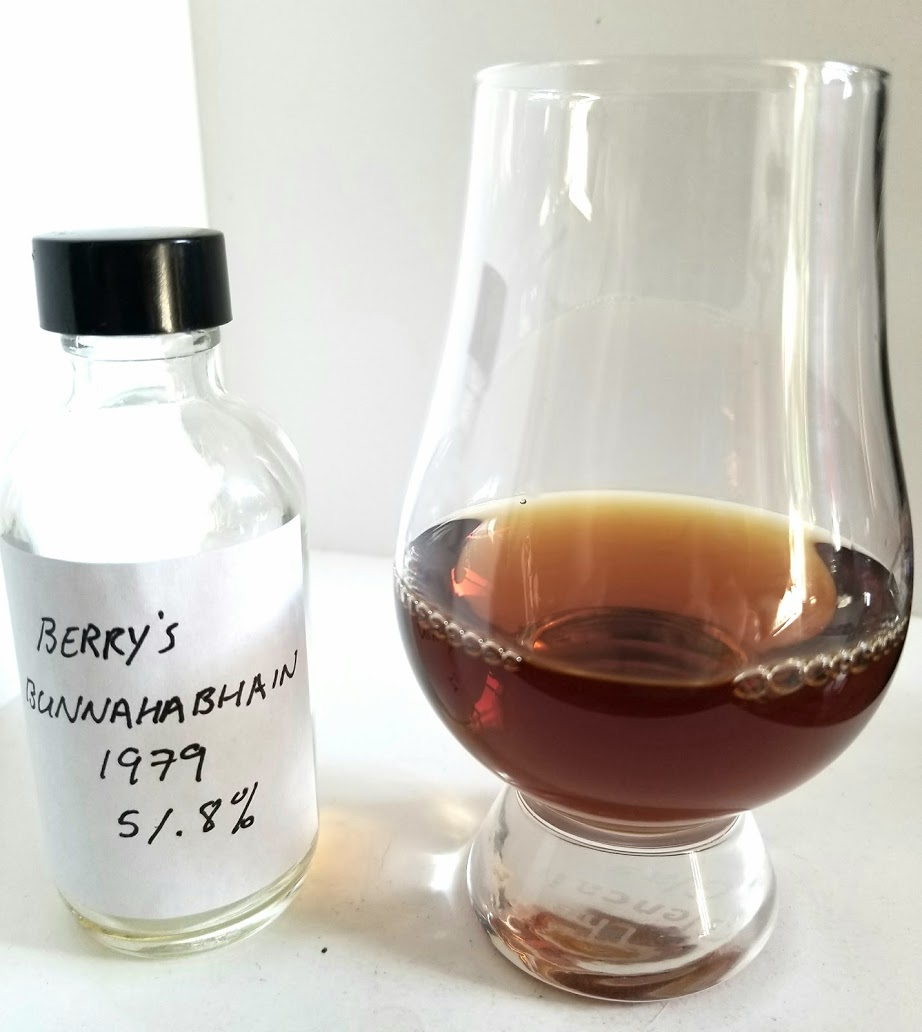 Bunnahabhain 32 1979 Berry Brothers & Rudd Berry's Own Selection 2.jpg