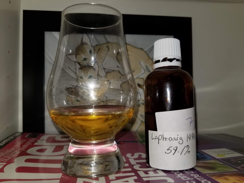 Laphroaig 15 1998 Signatory Un-Chillfiltered Collection - Cask Strength 1.jpg